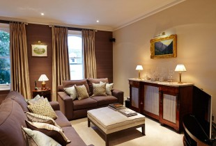 Townhouse, Putney Bridge, London