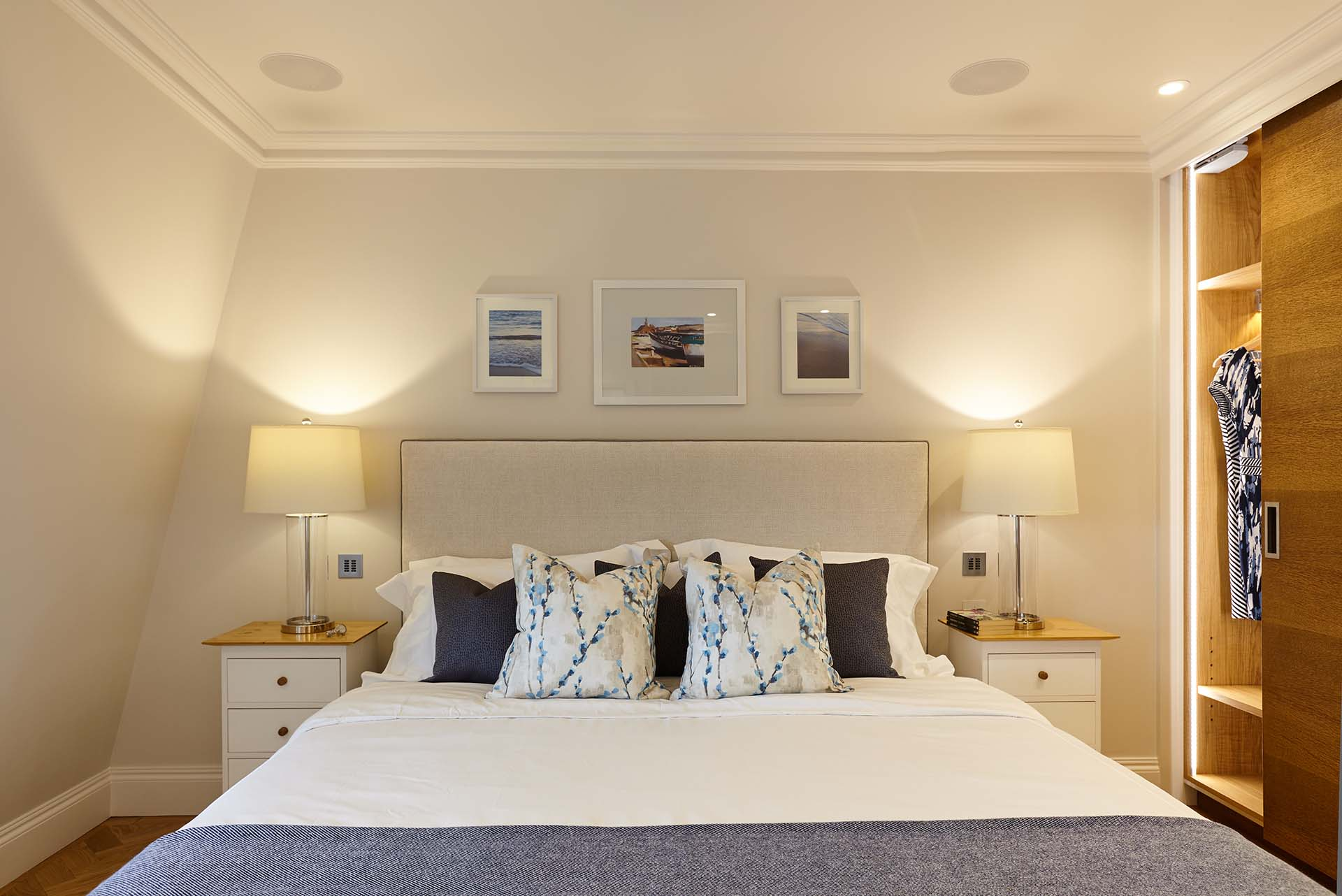 Knightsbridge south kensington london residence for Interior design south london