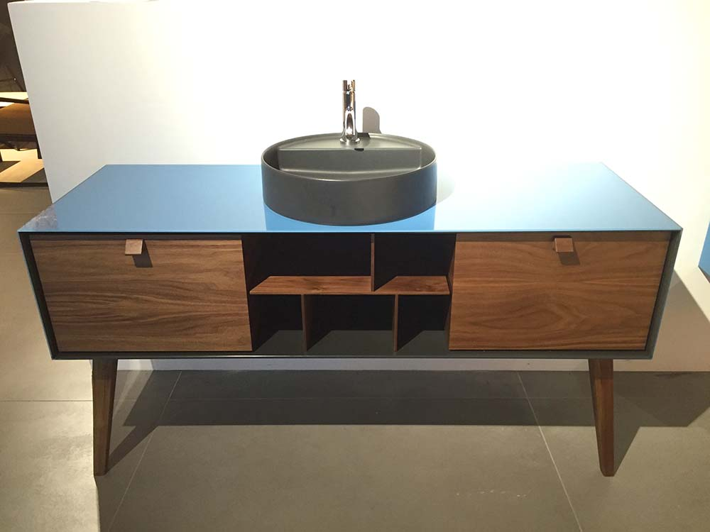 artelinea dama washstand at cphart london 1